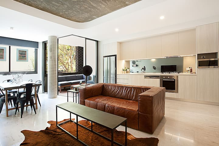 Stylish 1 Bedroom in Surry Hills