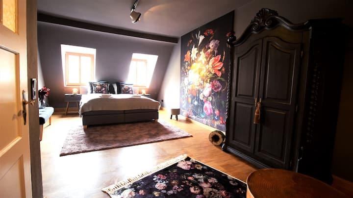 *The George Rooms II* - Floral Hideaway