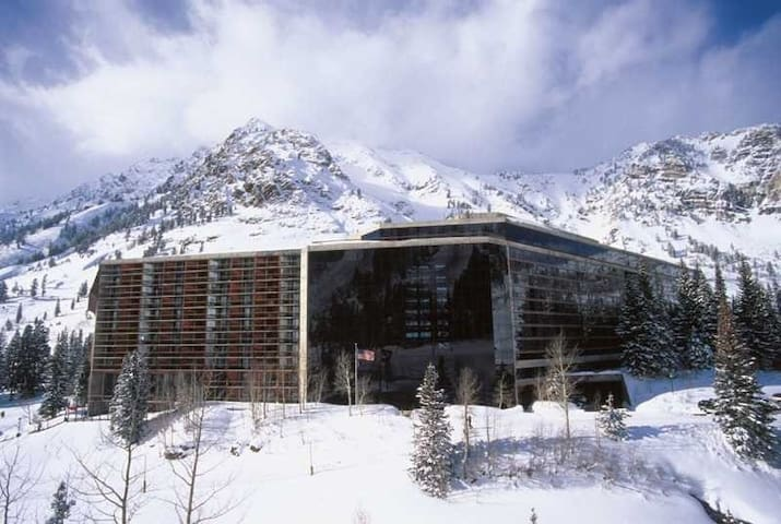 Snowbird Ski-in/Ski-out