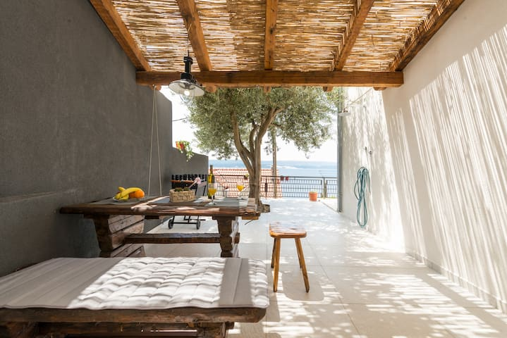 Olive tree apartment