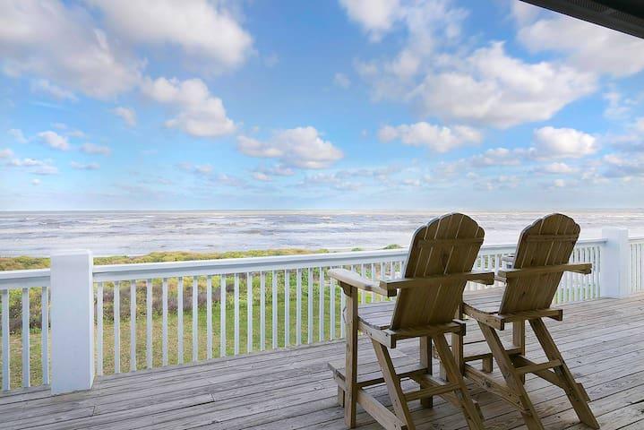 Southern Wave - Beachfront, 1st Row Paradise!