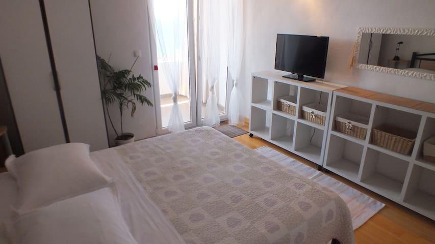 Apartmani Janeete 3 - Jesenice - Flat