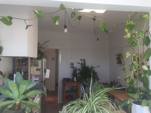 Private room with double bed. Located in Thornbury