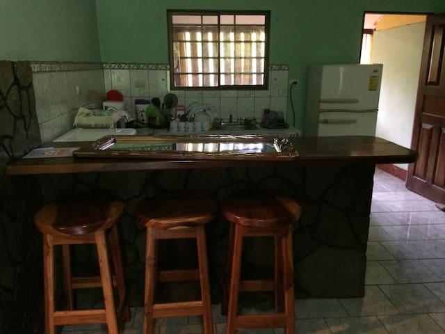 Casa Familiar - Bejuco  - Hus