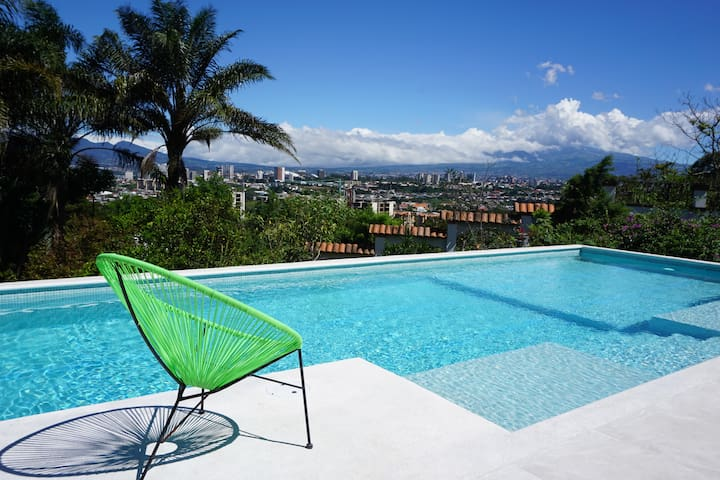Beautiful bnb in Escazu, San Jose
