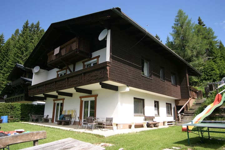 Appartment at 1600m, with free beach access on the Ossiachersee