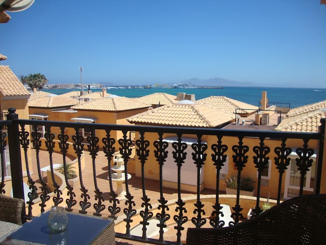 SeaHaus Fuerte - the ocean and you -  Corralejo, La Oliva - House