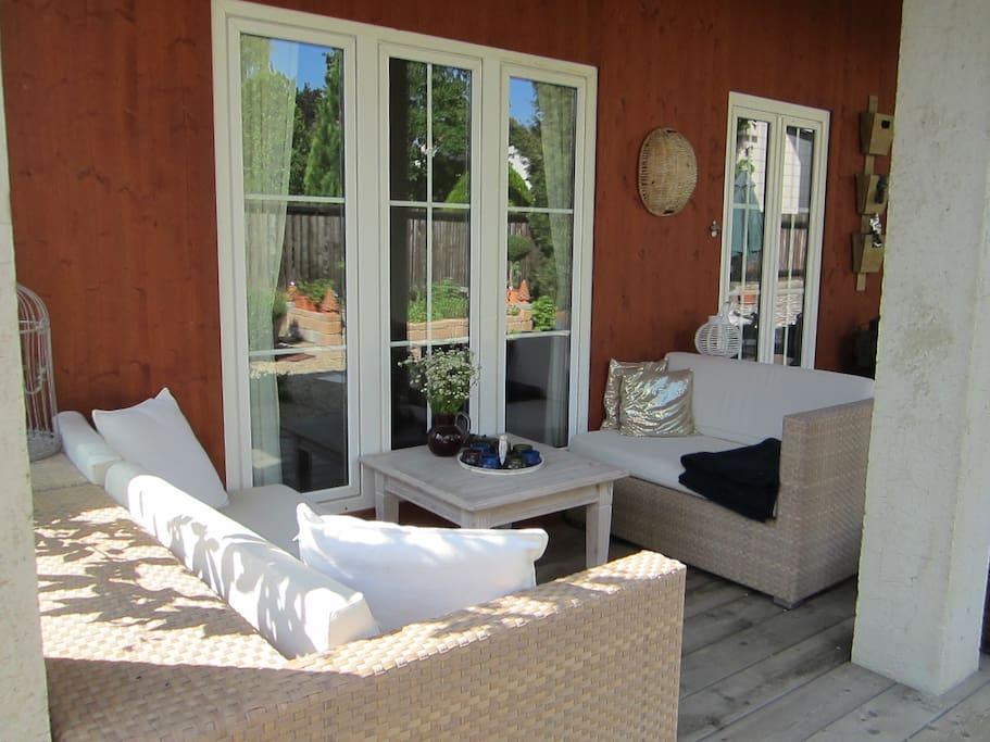 Sitzgelegenheit auf der Terrasse