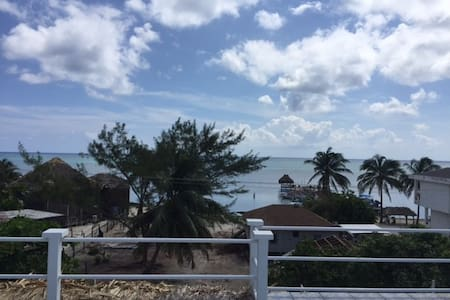 Large Private Beach-View Room in 2-bed Flat - San Pedro - Overig