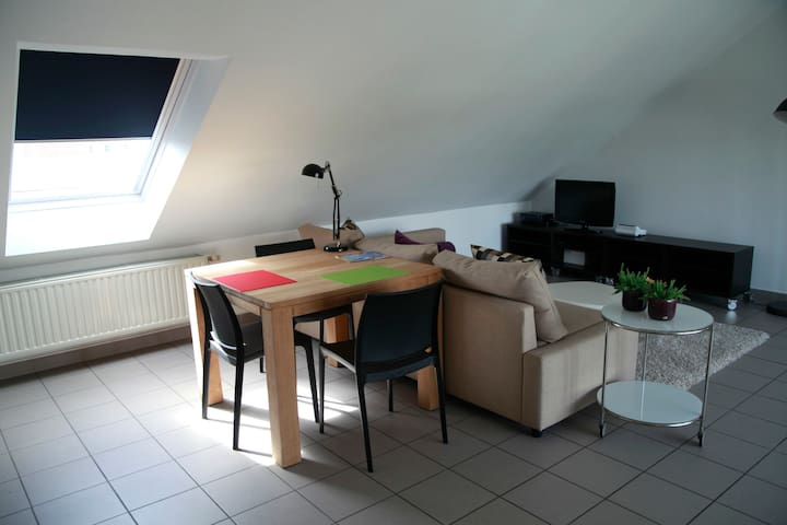 Modern Appartement in centrum Paal - Beringen - Apartamento
