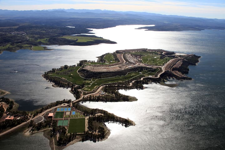 Fanstatic House Golf and Lake view - La Isla de Valdecañas - Dům