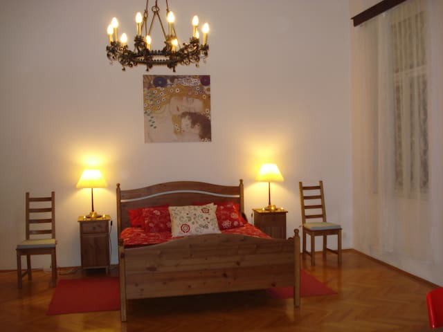 Most Central Location in Budapest - Budapest - Apartment