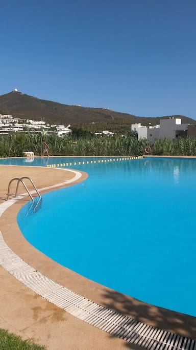 Ylara beach piscina cerca de playa apartments for rent for Club piscine pool heater