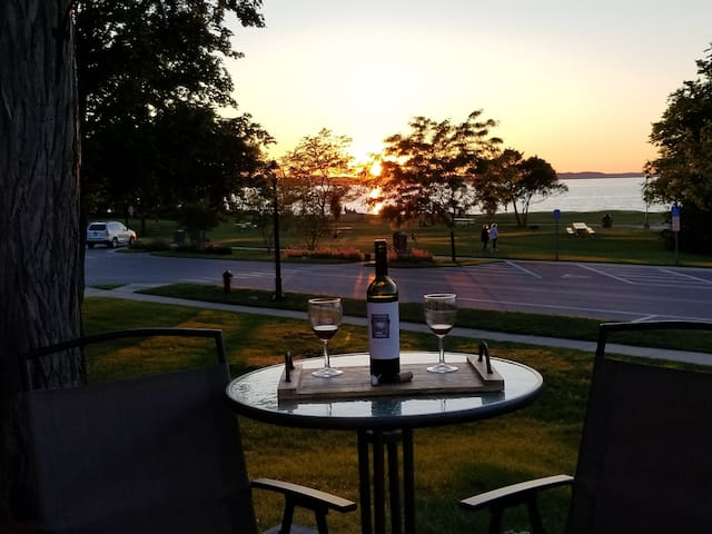 Enjoy watching the beautiful sunset from the front deck!