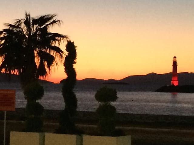 UNIQUE SUNSETS AND HOLIDAYS... - Turgutreis - Apartemen