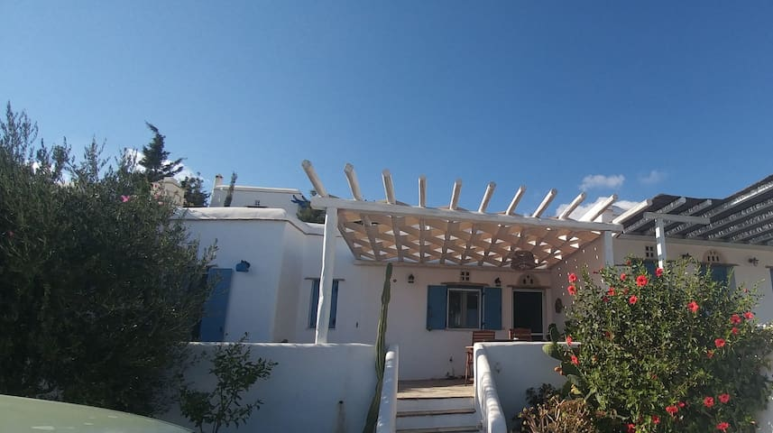 Lovely and beautiful house with amazing view - Tinos - Apartamento