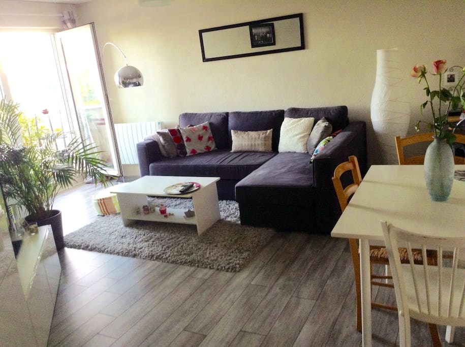 Agr able t2 calme avec parking appartements louer for Appartement t2 bordeaux location