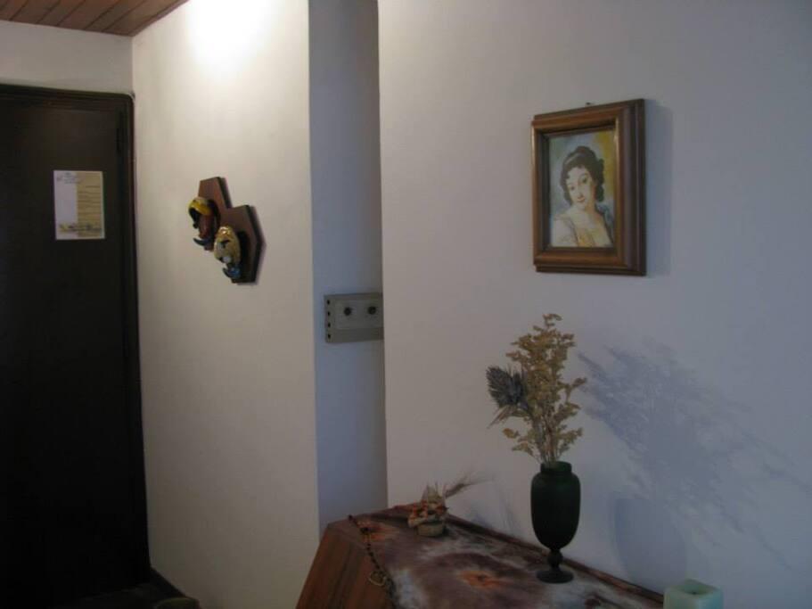 Appartamento Sole: ingresso abitabile.