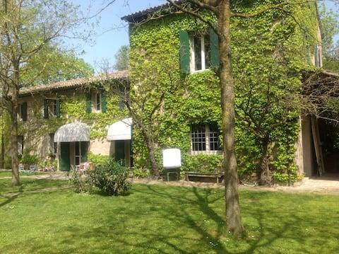 Welcoming modern house in Ravenna