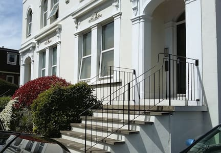 07 Unbeatable value in South London - Croydon - Appartamento