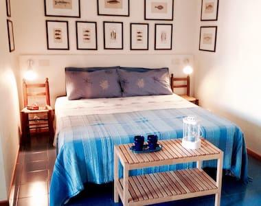 Cute studio apt in front of the sea - Giardini Naxos - 公寓