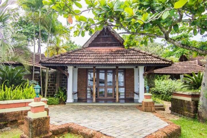 Luxury & Elegant Lake View Villa Double Bed