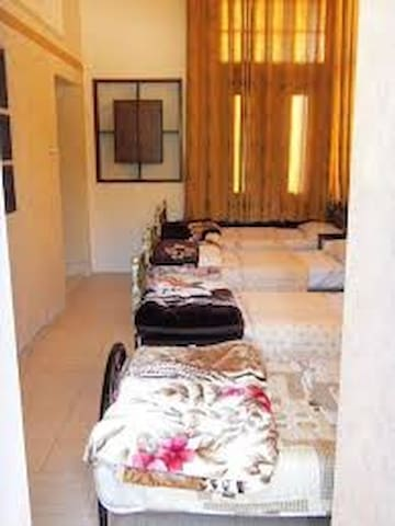 4Bed male dormitory - Nablus - Bed & Breakfast