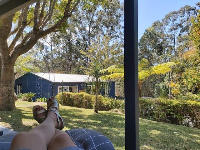 (Double Bedroom) Quiet Trees Hideaway Homestay