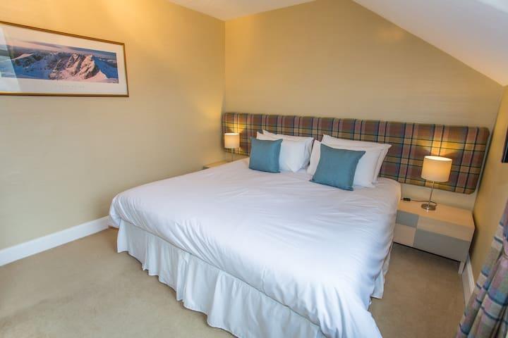 Room 1, Butt Lodge B&B - Standard Twin/King Room