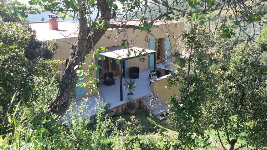 Villa entre mer et montagne l - Urtaca - Huis