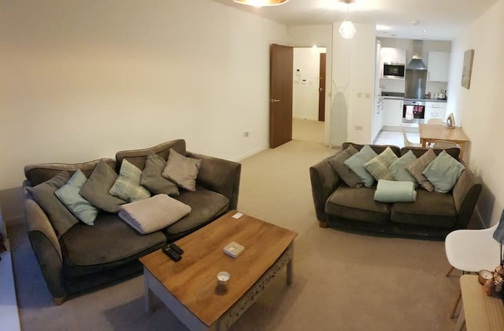 Quayside Modern Apartment - Free Parking Space