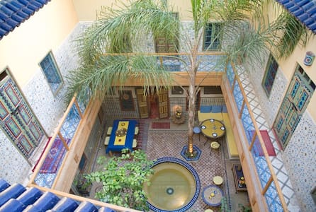 Riad Zara, 3 personnes, 2 chambres - Bed & Breakfast