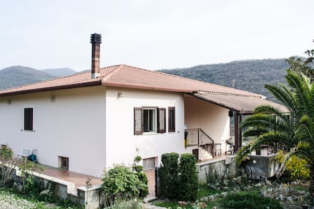 Country Villa in Acuto, Nr. Fiuggi - Acuto - Villa