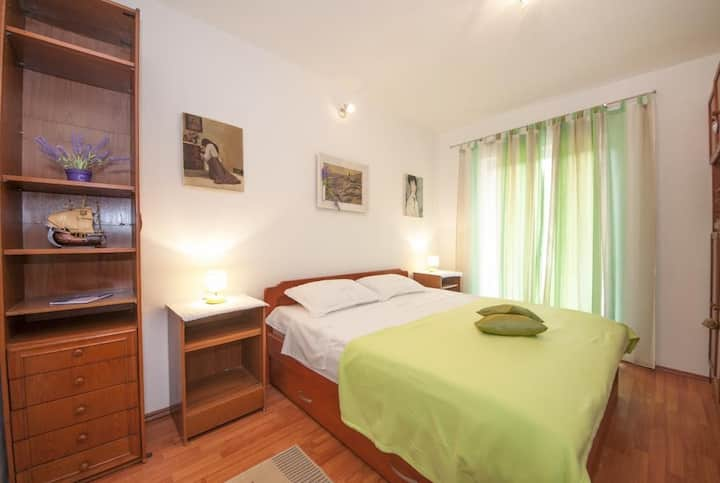 Apartments Kalajzic- Comfort Two Bedroom Apartment with Terrace