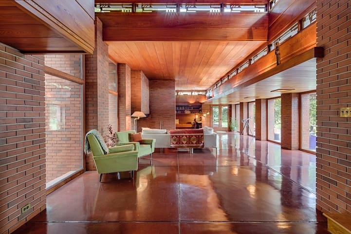 Villa Still Bend, Frank Lloyd Wright