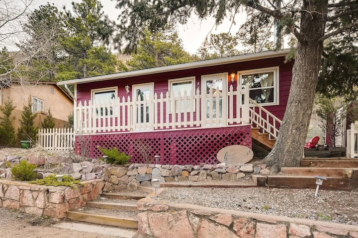 Sun Mountain Cottage