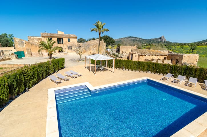 BUNIFERRI - Great Majorcan stone house with private pool in the countryside. Free WiFi