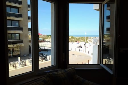 Apartment w.seaview 4p with parking - De Panne