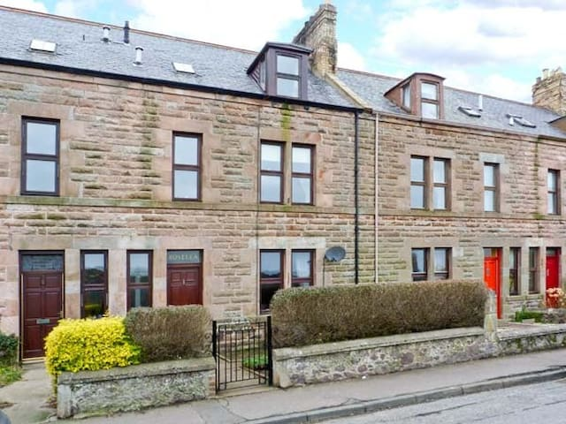 Charming terraced house - Eyemouth - Rumah