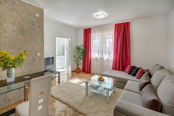 Your perfect summer home in Boka Bay - Herceg - Novi - Apartment