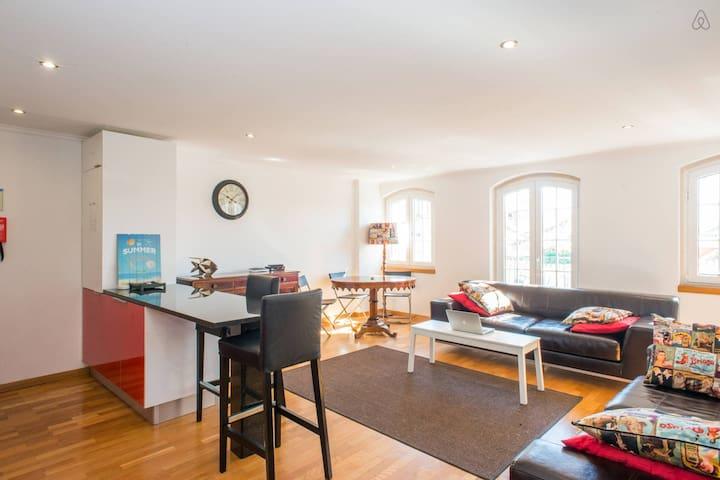 """CLASSIC&MODERN DUPLEX, """"CASA BELEM"""" - Lisboa - Lägenhet"""