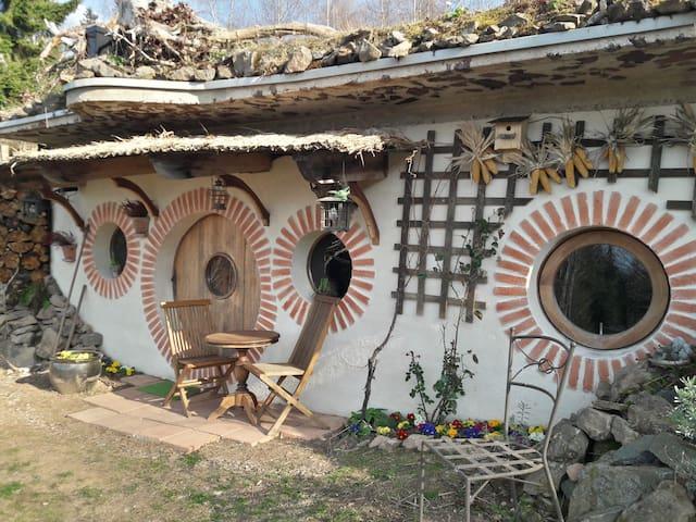Une maison de hobbit au coeur des hautes Vosges...