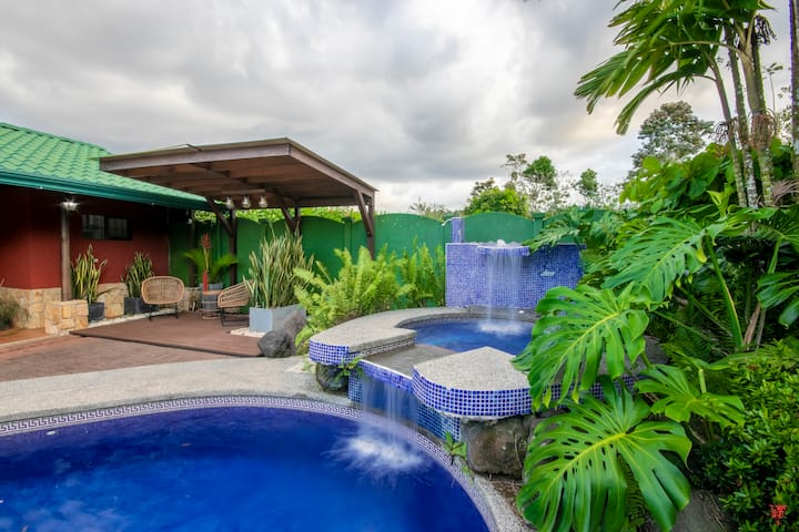 Tabacón Villa, Full A/C,Private Pool and Gardens