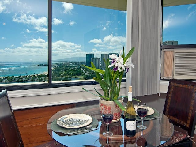Panoramic Oceanview-$49 June Special-Free Parking!