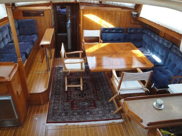 cabines de voilier à pointe à pitre