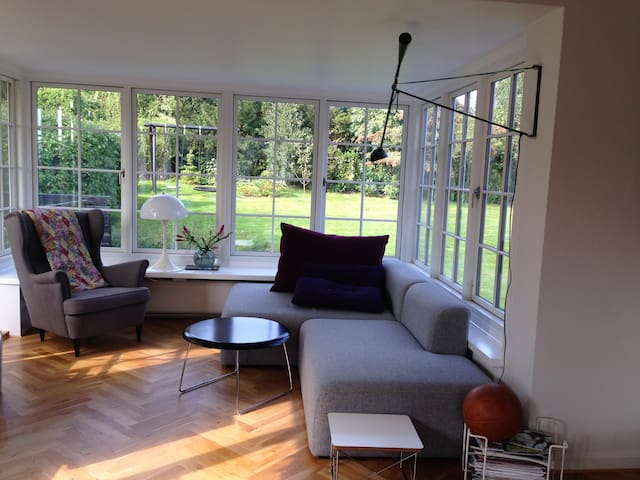 Copenhagen/Sea/Nature - own house - Charlottenlund - Huis