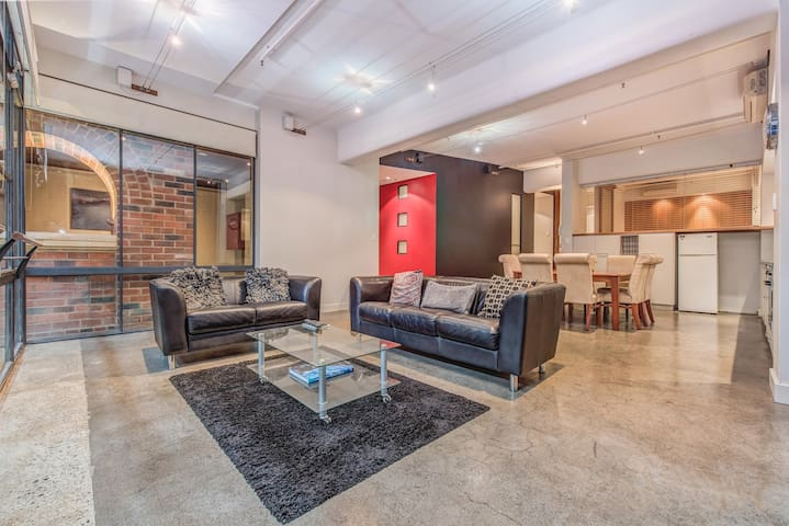 PERTH CBD 2 Bedroom Warehouse Style Apartment