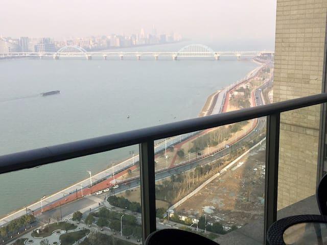 Great view of Hangzhou!! - Hangzhou - Apartment