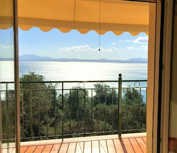 Comfortable apartment w/ sea views - Nisaki