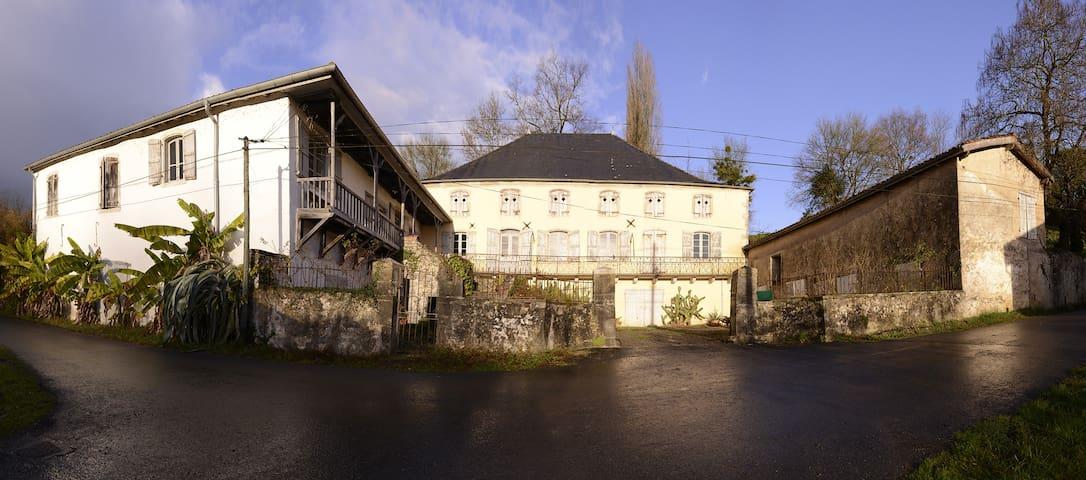 Belle demeure du 18e classée - Came - Dom
